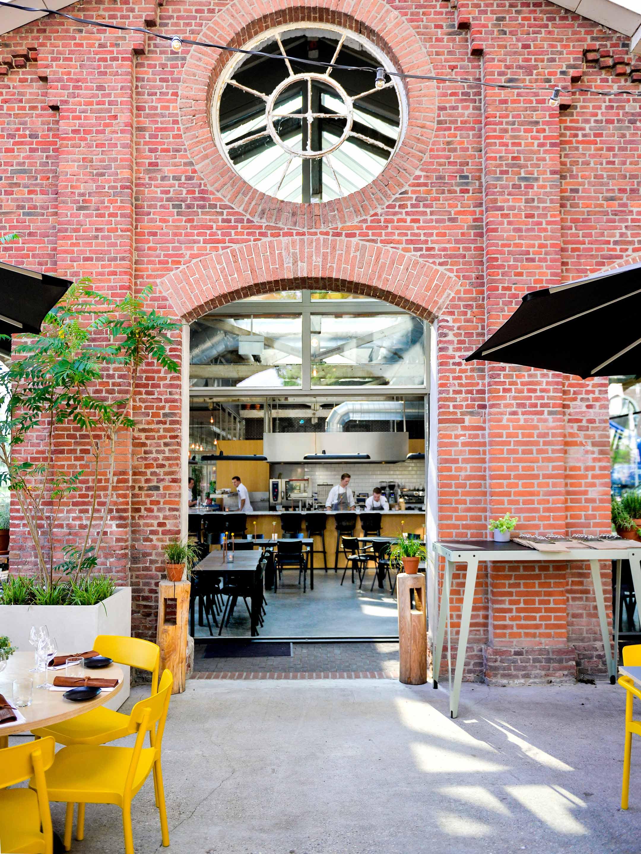 Restaurant De Houtloods - entree foto - Over ons